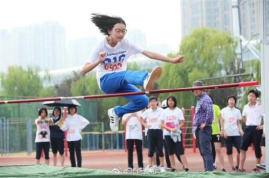 北仑区各校秋季运动会正轮番举行 赛出宁波新风采