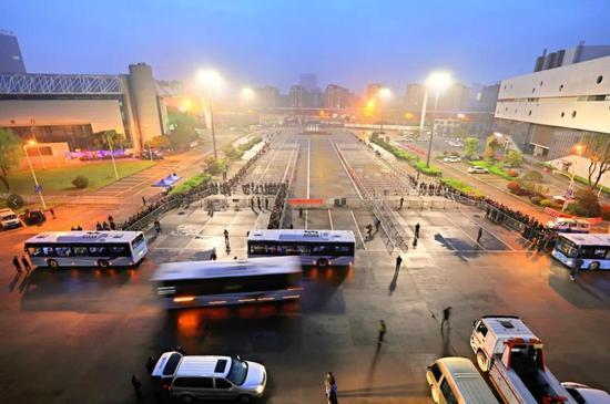 宁波市清明小长假公交出行售票模式有新举措 新变化