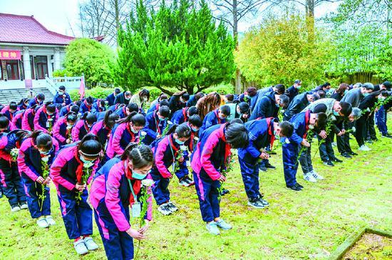象山各单位纷纷组织清明祭英烈活动 重温英烈事迹