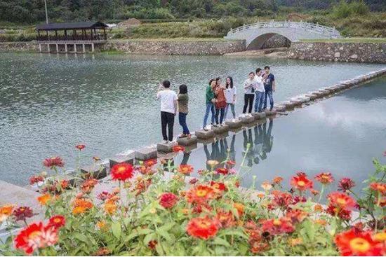 象山茅洋乡管溪获评省美丽河湖 吸引游客前往参观