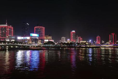 三江六岸庆元宵流光溢彩靓甬城