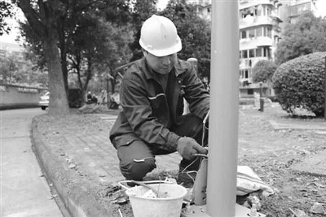 宁波三年点亮小区路灯2万余盏 十多万名居民受益