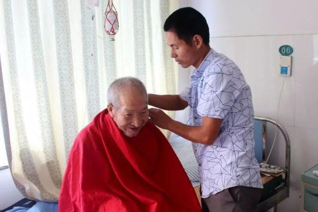 宁海农民志愿者暖人心 七年间医院助老200多人