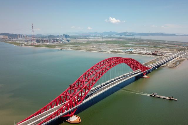 宁波北仑梅山春晓大桥9月29日通车 全长1.97公里