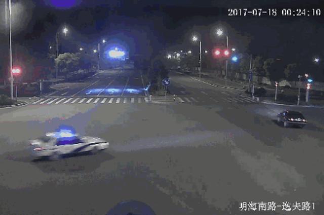 宁波1男子利用卡口车道缝隙强行超车 判处拘役6个月