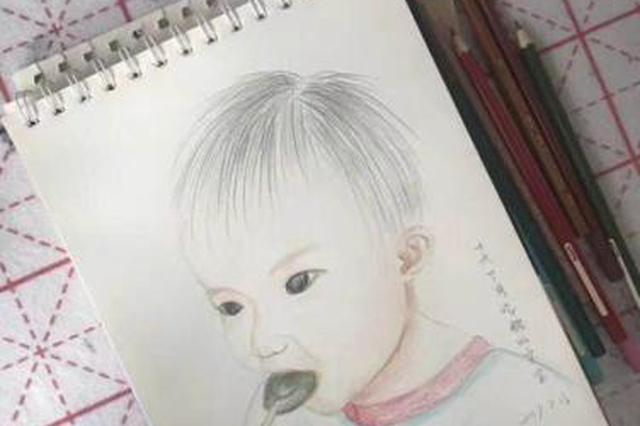 宁波女民警用画笔记录女儿成长 准备画到孩子结婚