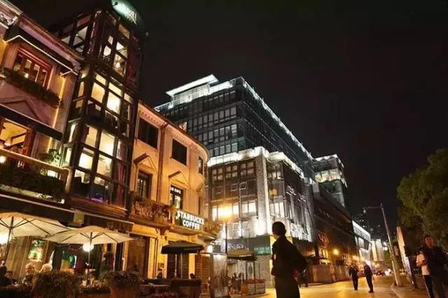 宁波市首个智能导游深度游 老外滩开启智能时代
