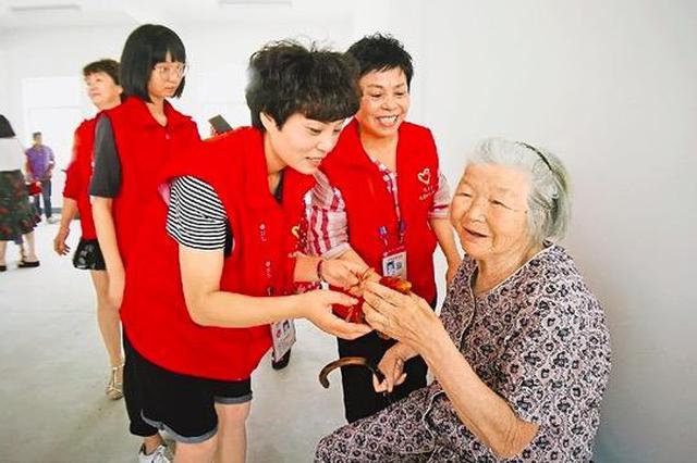 宁波志愿者爱心相伴 佳节为异乡者送上温暖