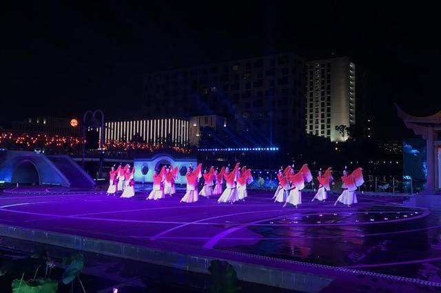 诗会音乐会民俗集市 端午佳节的宁波文化广场很文艺