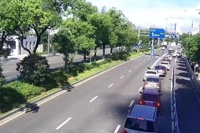 医院停车一位难求 宁波交警发布权威停车指南