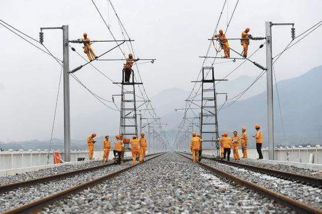 杭黄铁路年底前开通 宁波坐高铁到黄山只需2个半小时