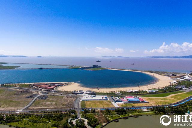 宁波梅山湾沙滩公园局部开放试运营