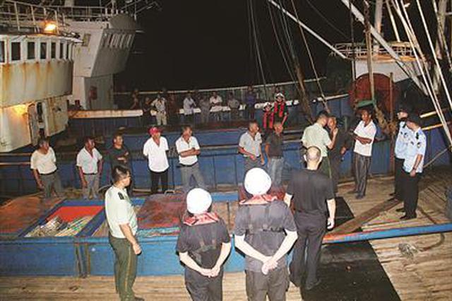 市渔政部门铁腕严打非法捕捞 近一周查扣9艘偷捕船
