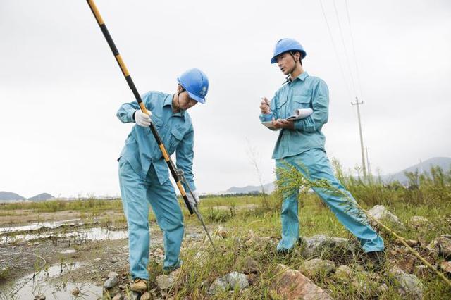 宁波电网启动防台III级应急响应 全力以赴防御安比