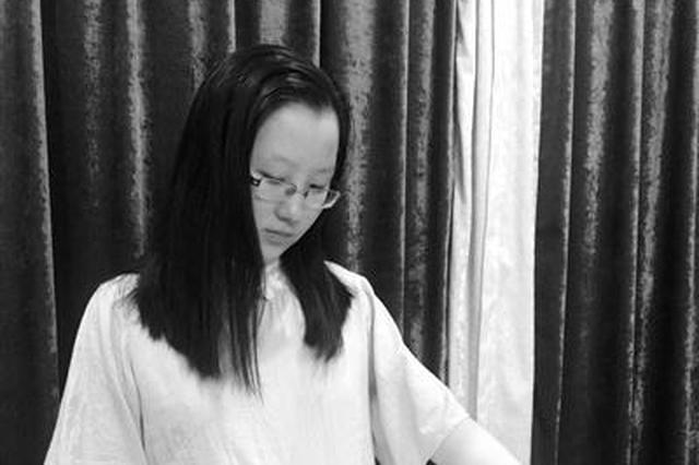 镇海龙赛中学一女学霸因喜爱画画被清华录取