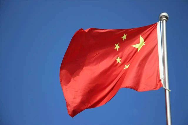 10月1日上午8点 去宁波市行政中心看升国旗仪式