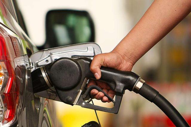 昨晚24点油价又涨了 宁波油价或无限接近8元时代