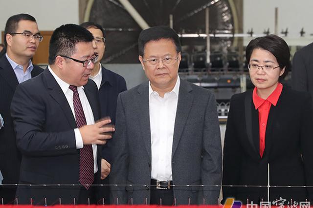 郑栅洁再赴企业调研 要相信党委政府是与企业在一起的