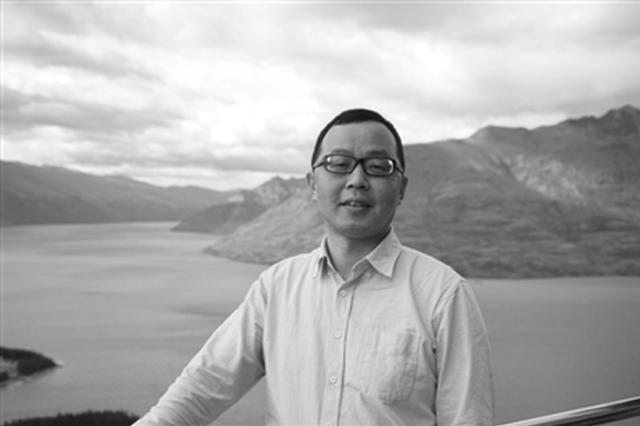 鄞州一教师编著出版宁波首本民间气象谚语专集
