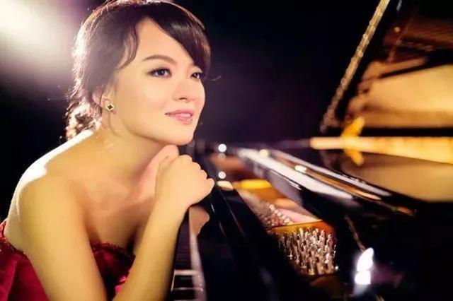 全能型演奏家江晨来宁波 回家乡献演钢琴三重奏音乐会