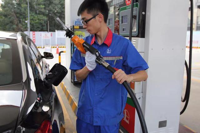 宁波中石化加油站进入国六时代 车主该怎么加油