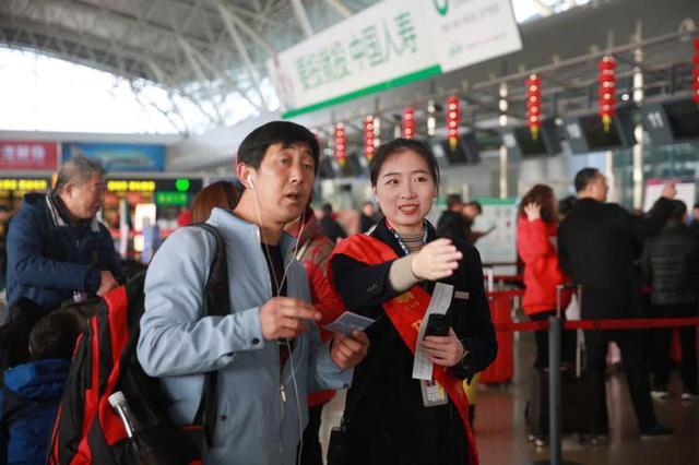 宁波万余架次航班迎春运 今年空中春运将增开航班