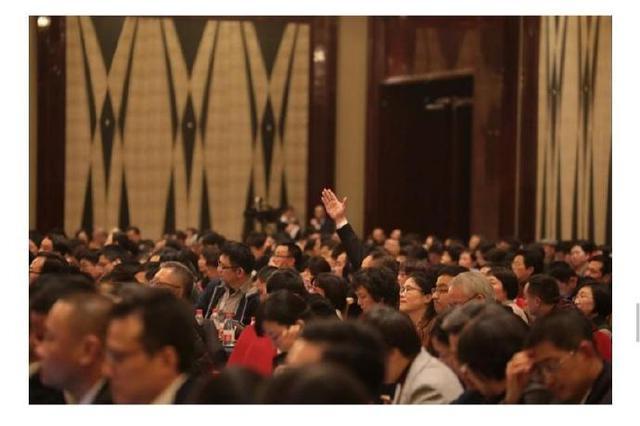 2019宁波两会看代表委员们纷纷为民建言 传递委员声音