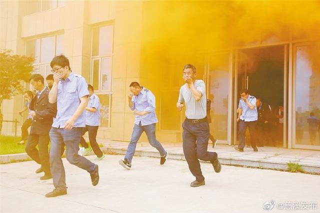 慈溪举行消防演习 加强消防意识提高救火处理能力