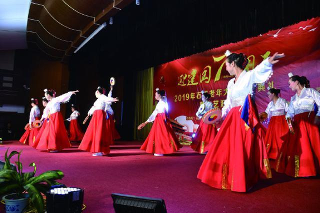 象山石浦镇老年大学举行2018学年结业典礼暨汇报演出