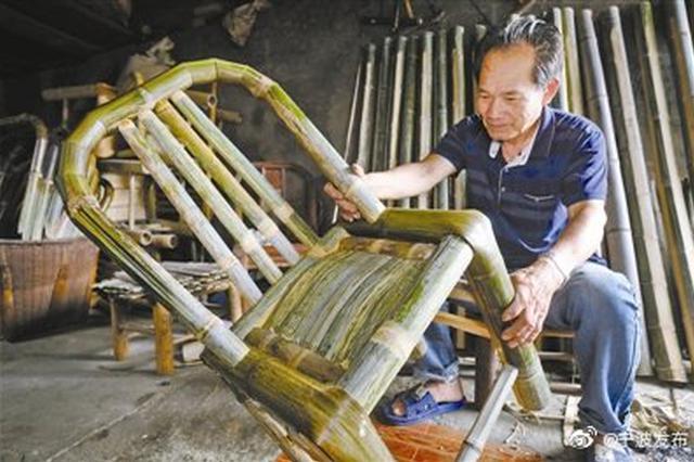 宁波慈城73岁老艺人金忠良 55年坚守拗竹椅老手艺