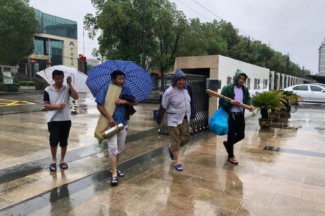 镇海骆驼街道全员奋战抢险救灾工作 已全部恢复供电