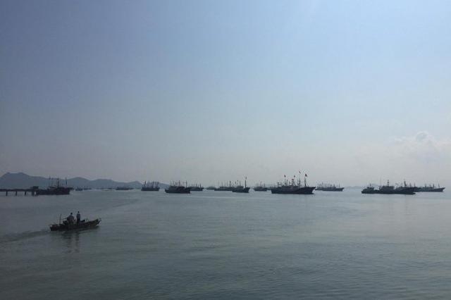 奉化渔民备战东海全面开渔 伏休结束后就可扬帆出海