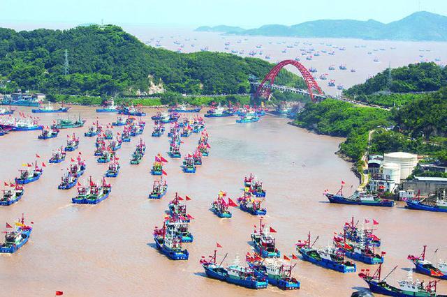 第二十二届象山开渔节开船仪式举行 千舟竞发喜开渔