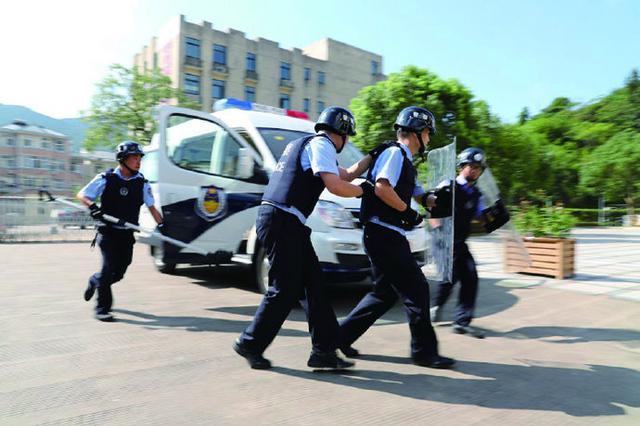 象山派出所与辖区学校联合开展演练 确保校园安全