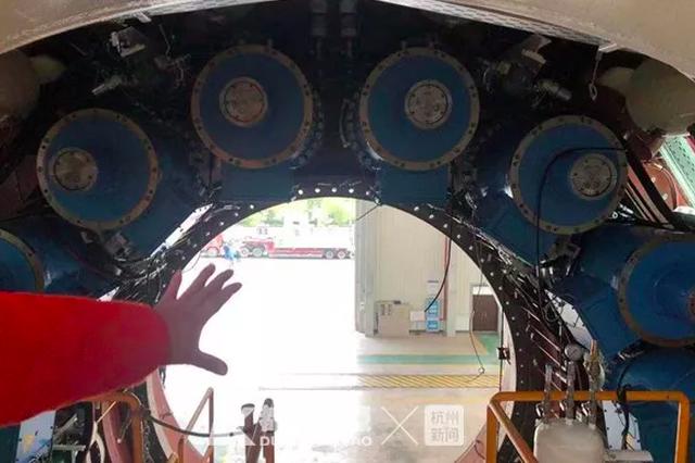 专门定制 穿越杭闹市的华东最大盾构机即将组装完毕