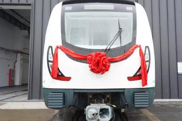 宁波地铁4号线列车亮相 4号线工程进入新阶段
