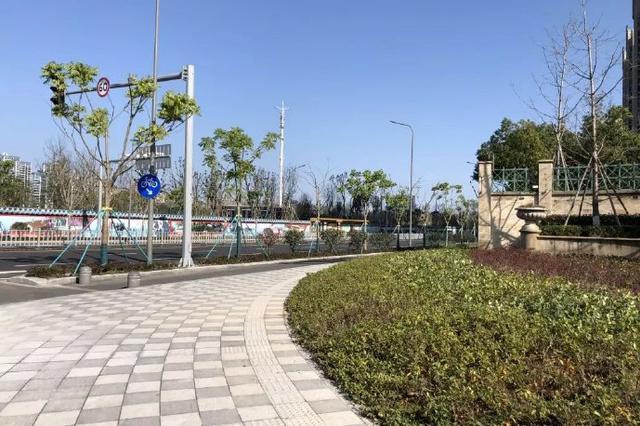 宁波姚江东路昨日全线通车 方便周边7个小区市民出行