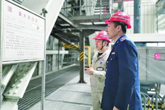象山检察人员节前问诊电厂 确保企业设备使用安全