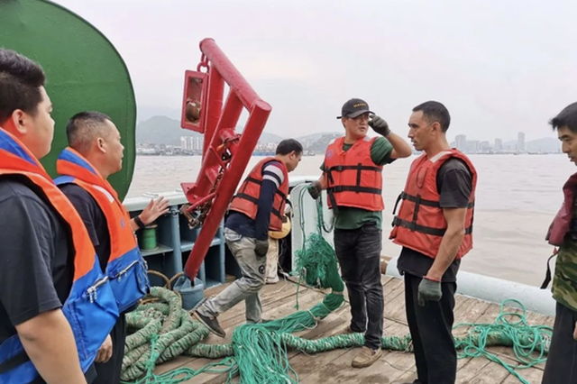 """象山开展为期两天""""清港行动"""" 确保渔船安全有序开航"""