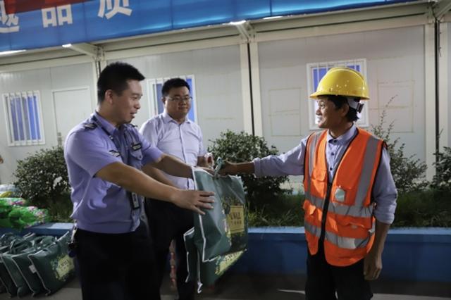 宁波庵东创建正规化草根宣讲团 为务工人员上防诈骗课