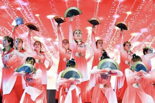"""宁波柴桥举办第四届舞蹈大赛 柴桥儿女""""舞出""""新风采"""