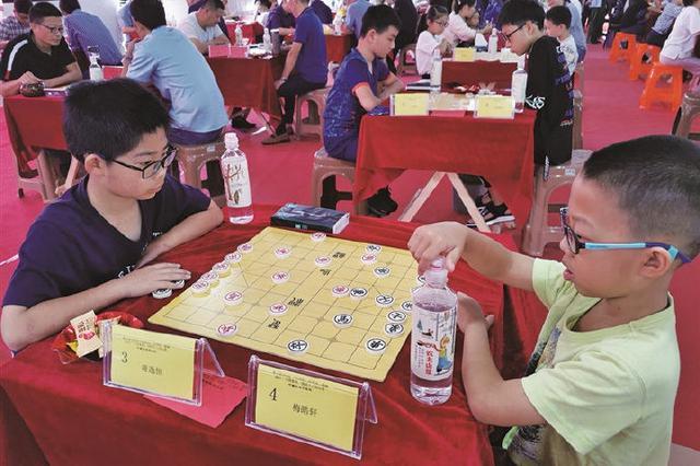 象山举行中国象棋、围棋锦标赛 100余名棋类高手参与