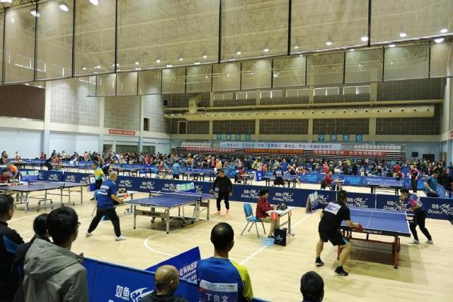 北仑举办乒乓球等级积分总决赛 500多名运动员参赛