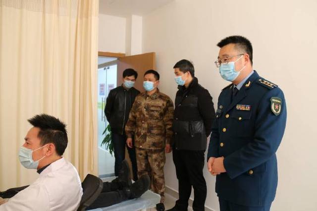 北仑开展春季征兵体检工作 在校大学生进行各项检查