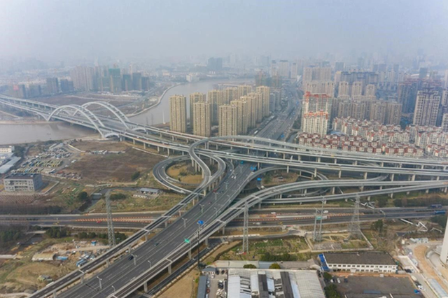 宁波广德湖路匝道正式通车 市民交通出行更为便捷