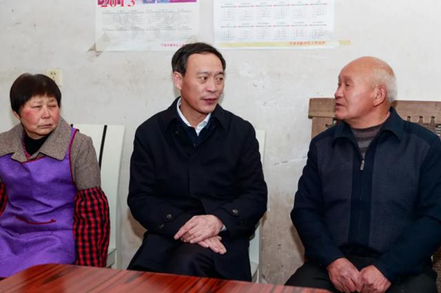 宁波市委常委褚银良开展走访慰问 并送上节日问候