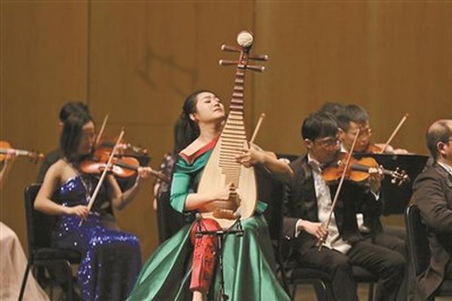 宁波交响乐团上演《春暖花开》 以音乐向妇女节致敬