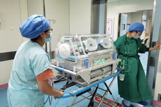 镇海医院多学科联合急救 33周孕妇胎盘早剥顺利分娩