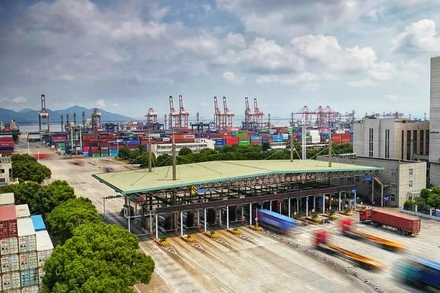 今年前8月 宁波外贸进出口数据与去年相比增长23.6%