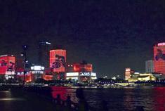 三江口周末再现灯光秀